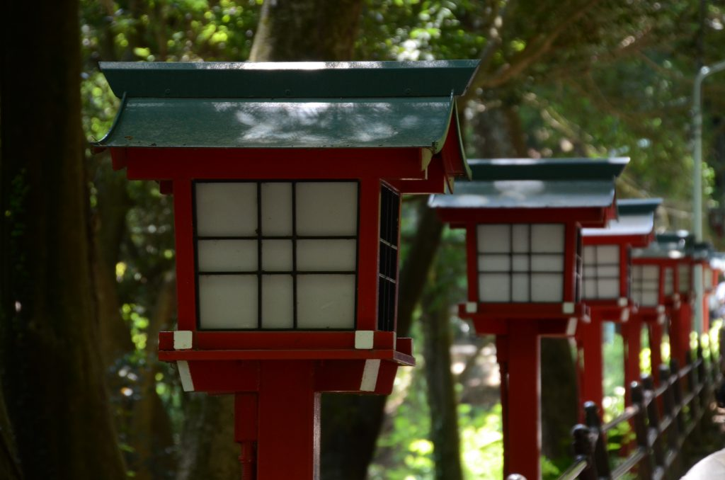 Lanterns on a Mount Takao Tour