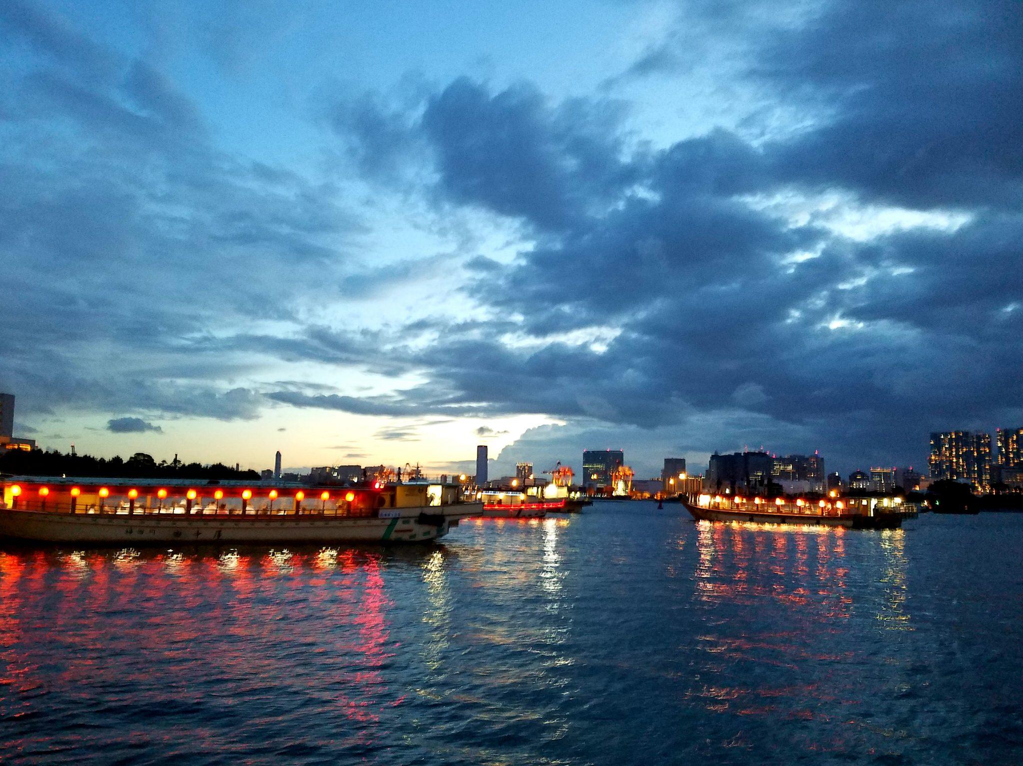 Yakatabune on Tokyo Bay