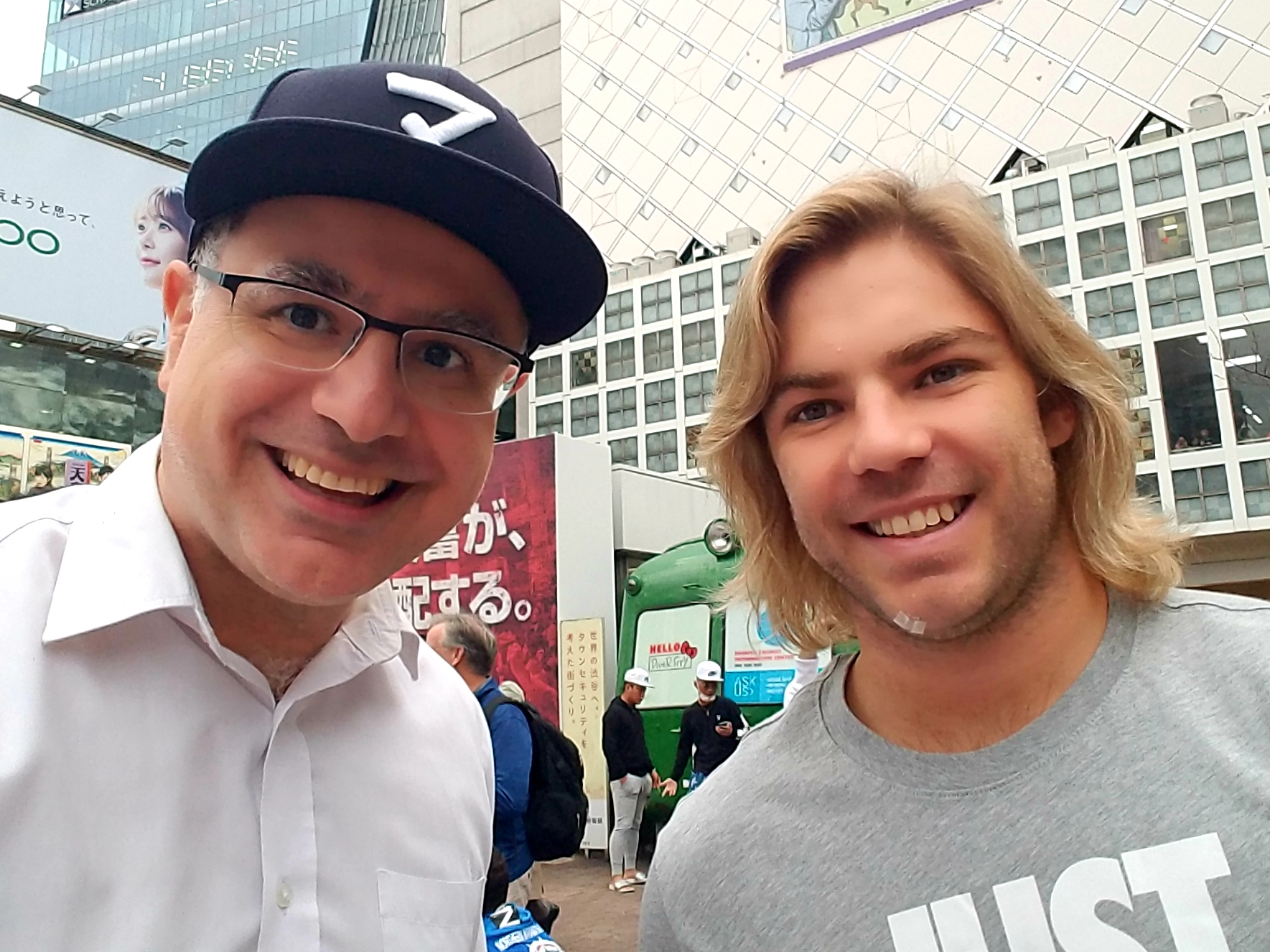 Mac meet Faf De Klerk - South Africa Scrum-Half - in Shibuya