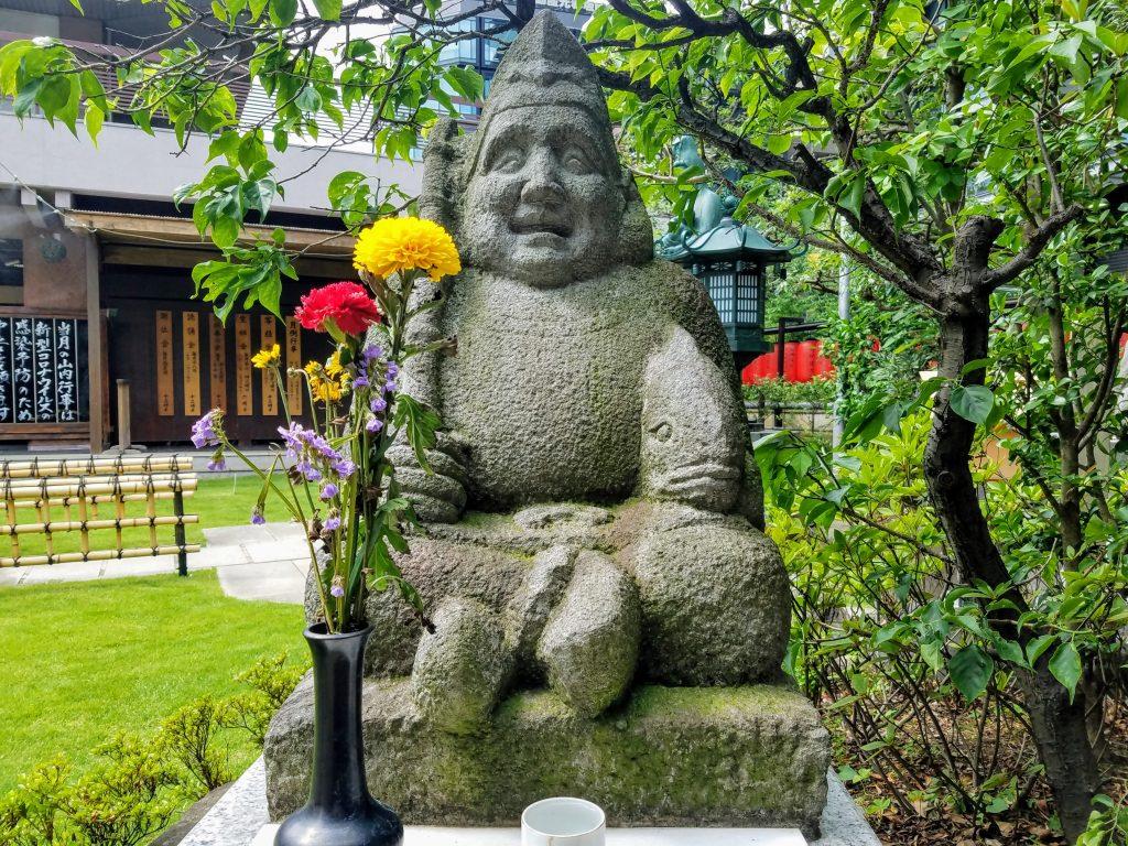 Ebisu statue at Toyokawa Inari Tokyo Betsuin in Akasaka, Tokyo