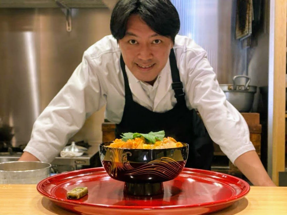 Koji Kawaguchi introduces his Oyakudon as part of this Maction Planet Cooking Class