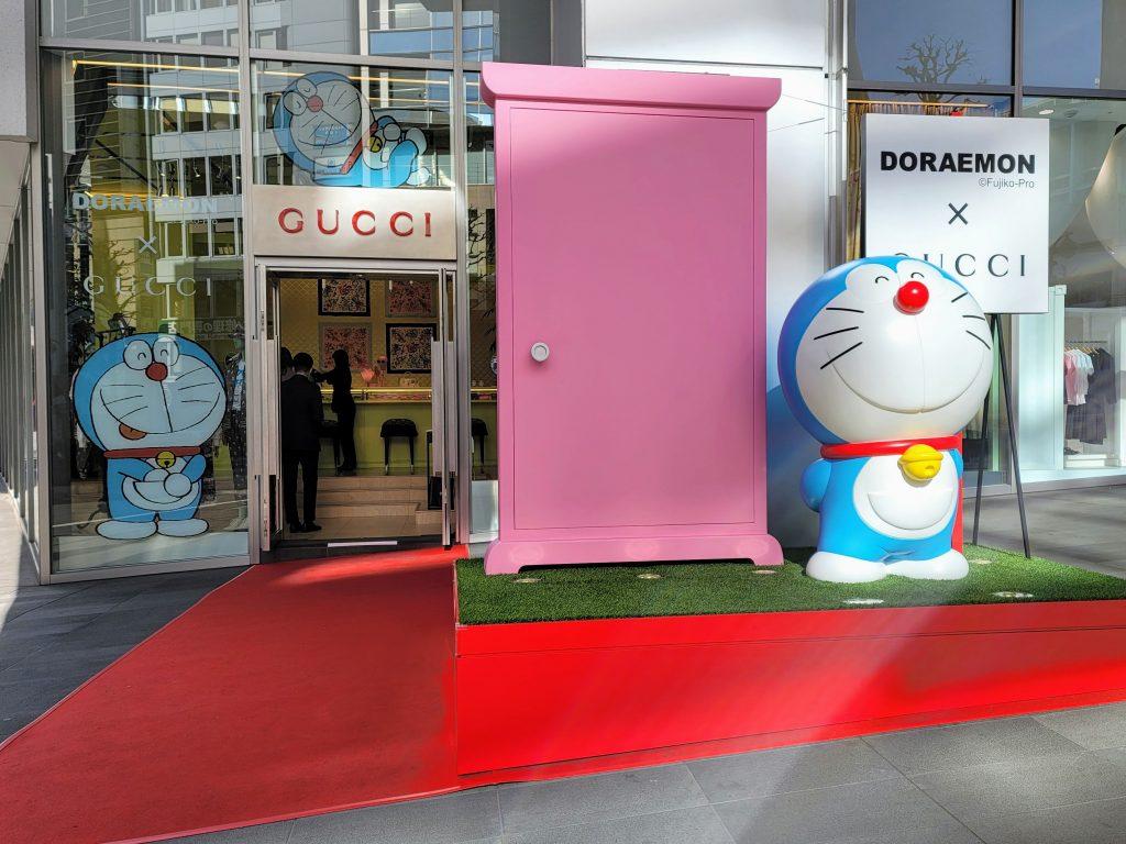Doraemon outside Gucci in Parco Shibuya, advertising the Doraemon x Gucci collaboration